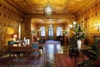 Gallery Park Hotel Interior Decor