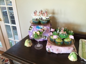 Princess and the Frog green cupcakes await the guests