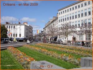 Pl de Gaulle - 5.2009