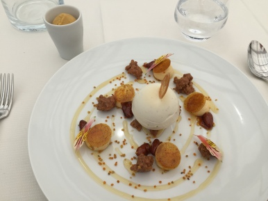 Milk chocolate and pollen flavoured # reusel biscuit, organic honey parfait, served with a smooth peach-apricot cream. Sorbet comprising the
